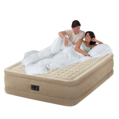 Купить кровать надувная двуспальная со встроенным насосом 220В 152х203х46см intex 64428 за 4990руб. в ИНТЕКСХАУС